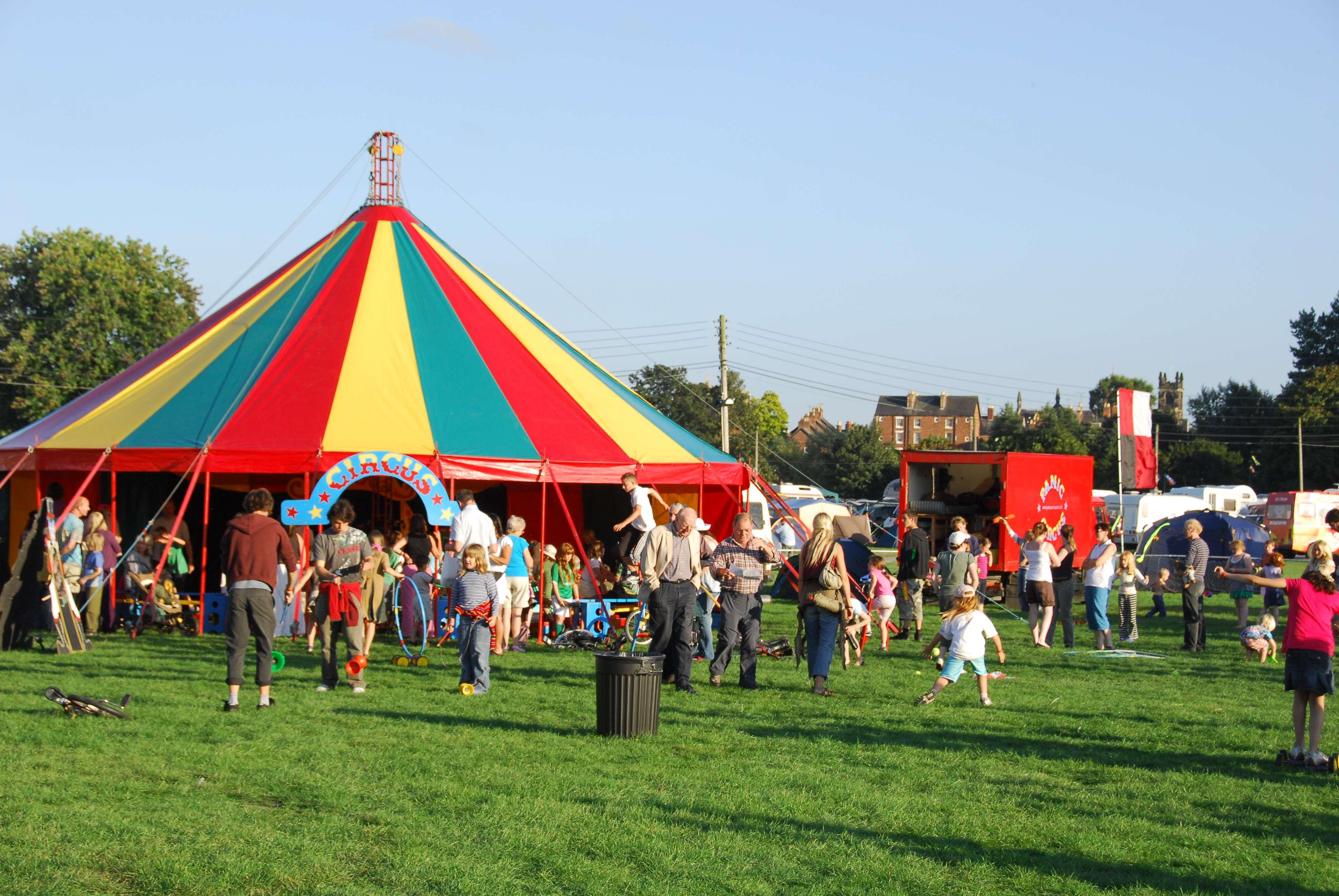 The circus tent & The circus tent u2013 Shrewsbury Folk Festival